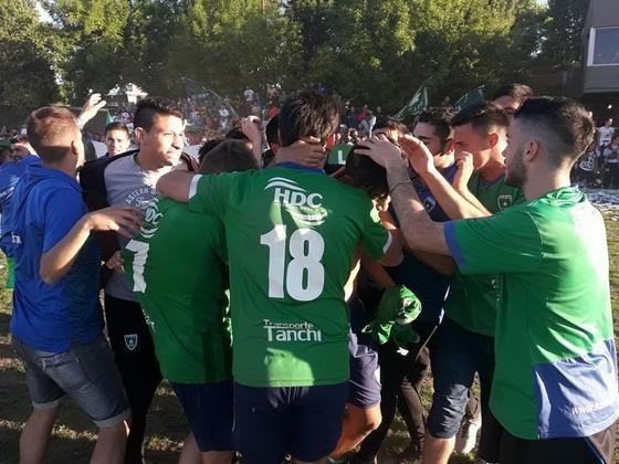 Luego del 0 a 0 con Tiro Suizo, otro de los que pugna por subir, el verde se pudo desahogar.
